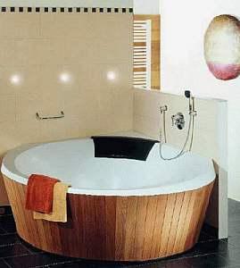 Villeroy boch luxxus badewanne 145 x 145 cm ubq145lux3v for Villeroy und boch badewanne