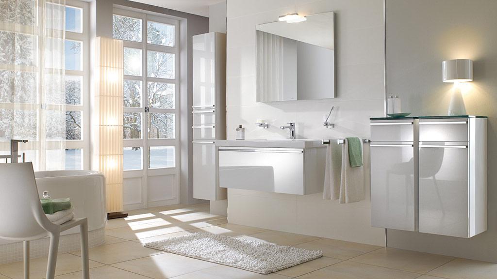 serie central line von villeroy boch megabad. Black Bedroom Furniture Sets. Home Design Ideas