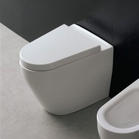 scarabeo tizi stand wc megabad. Black Bedroom Furniture Sets. Home Design Ideas
