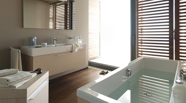 duravit qualit t design f r 39 s bad hier bestellen megabad. Black Bedroom Furniture Sets. Home Design Ideas