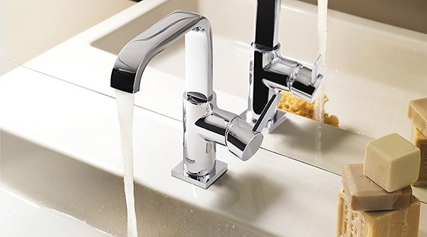 Wandarmaturen bad grohe  Grohe Allure Bad-Armaturen und Bad-Accessoires - MEGABAD